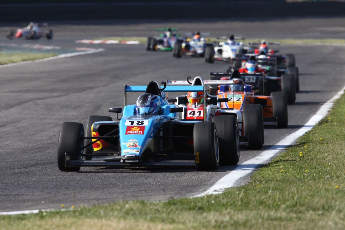 Italian F4: Siebert leader della classifica