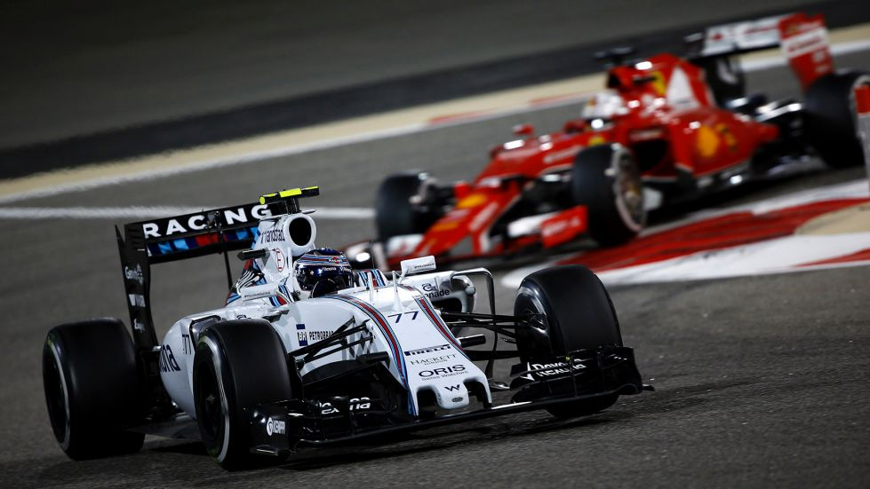 Vettel expects stronger Williams in 2016