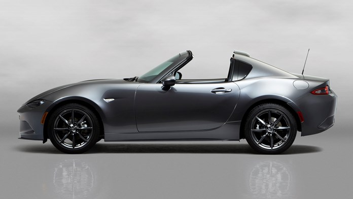 Mazda MX-5 RF: debutto europeo a Goodwood