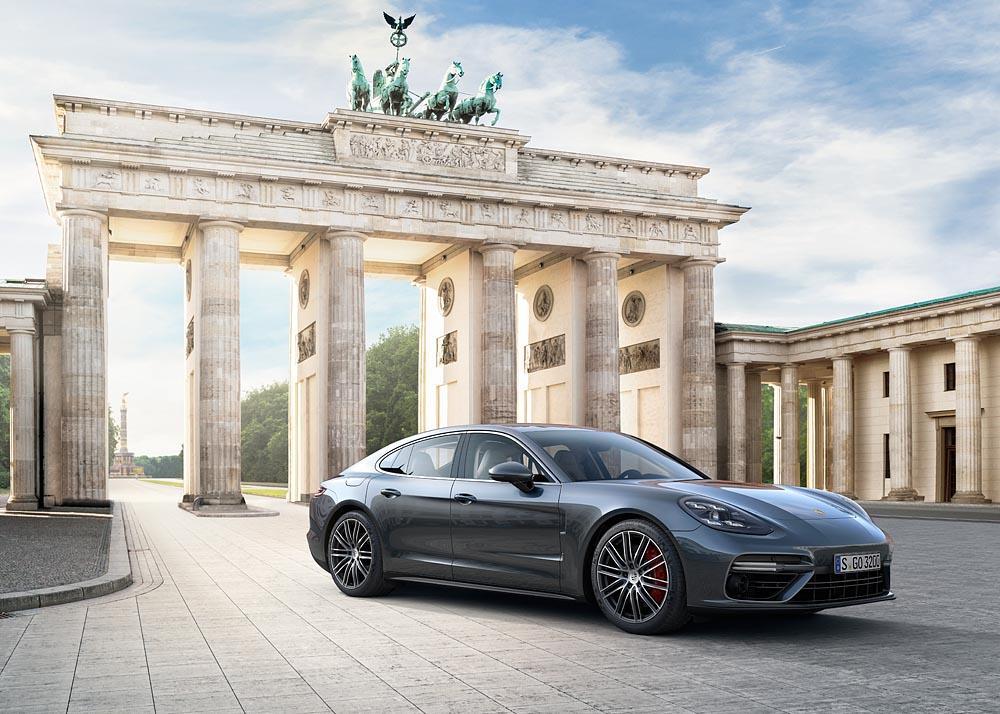 Prima mondiale della nuova Porsche Panamera