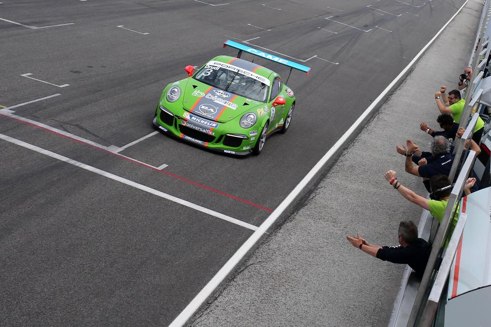 Carrera Cup Italia: tripletta di Drudi a Misano