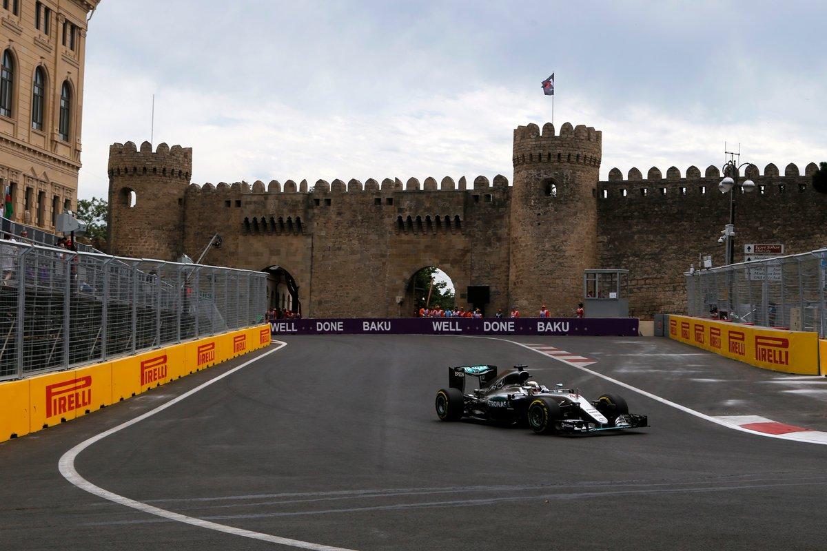 GP Europa FP1: Hamilton più veloce, botto Ricciardo