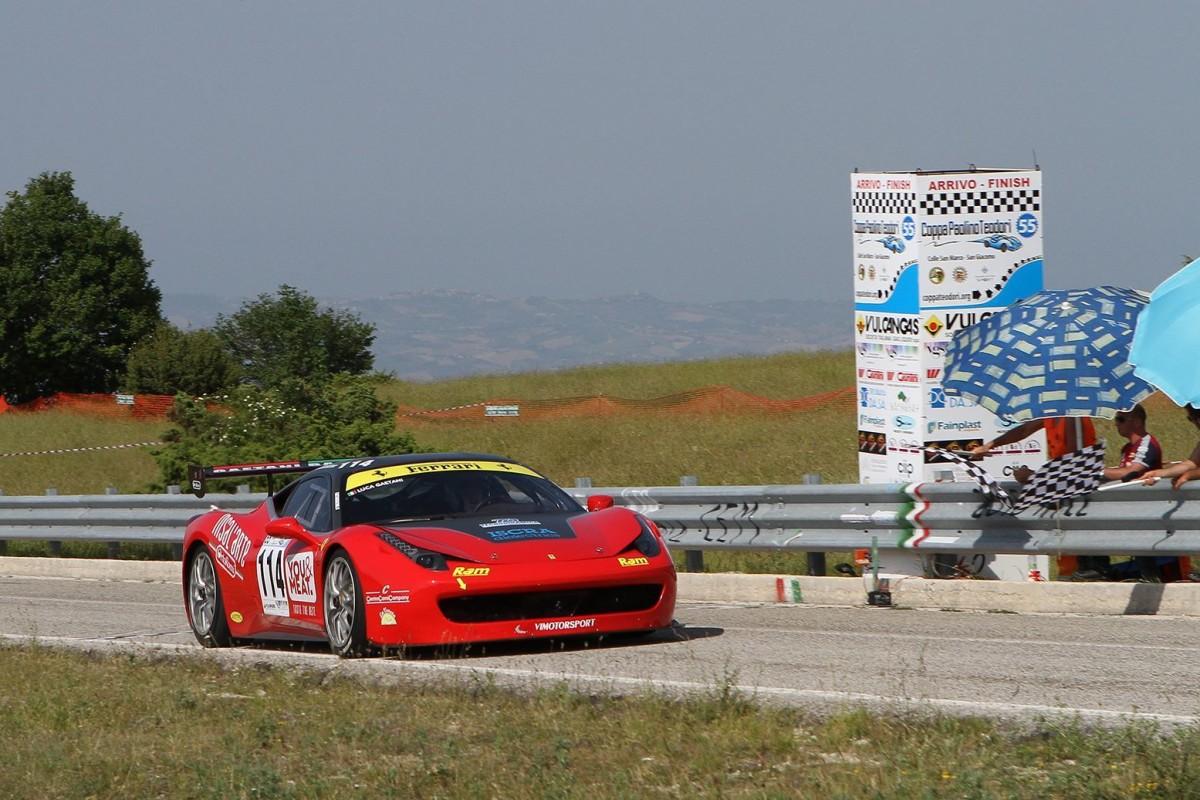 Quattro Ferrari 458 Challenge EVO alla Trento-Bondone