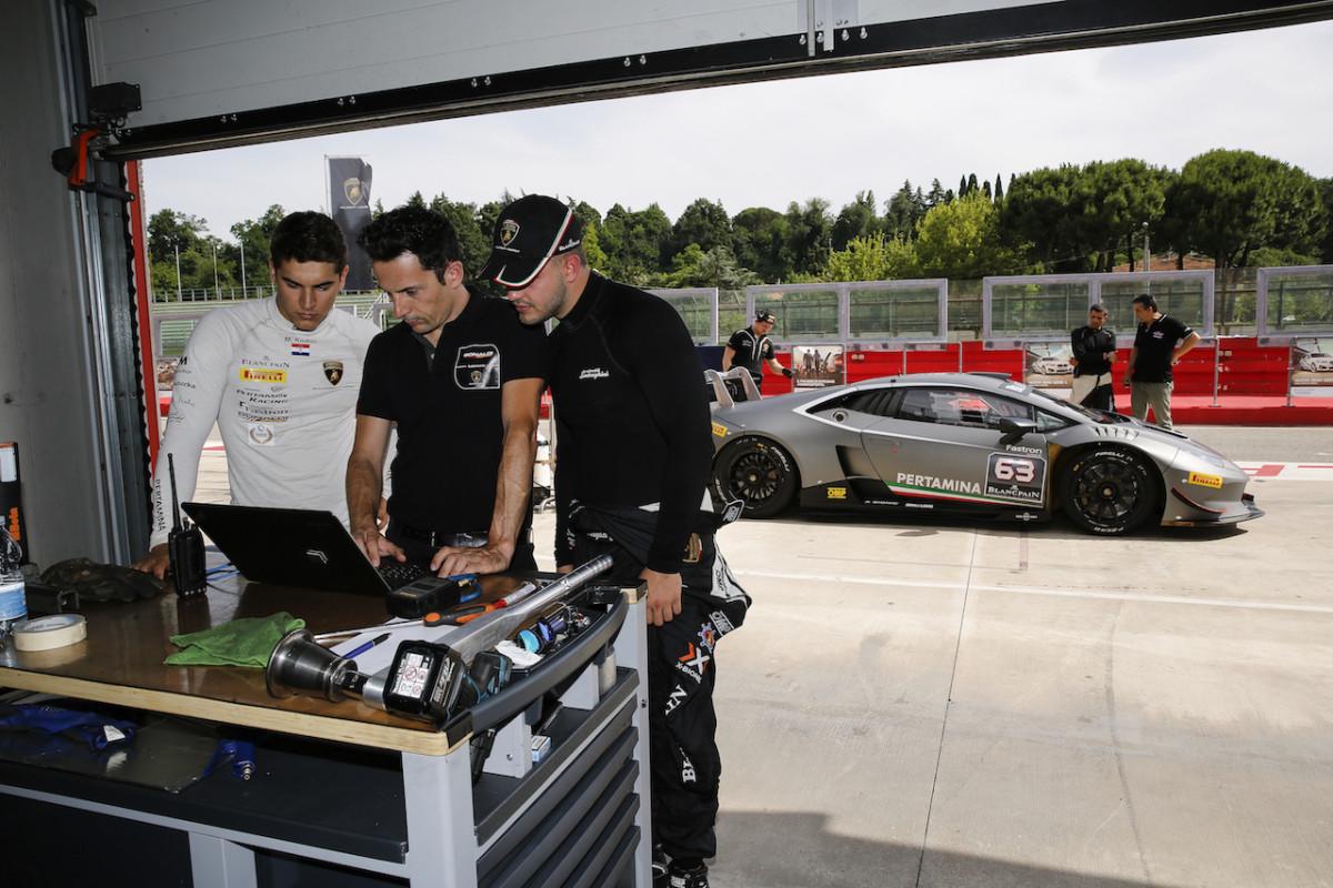 Lamborghini Squadra Corse: prima sessione per i giovani piloti