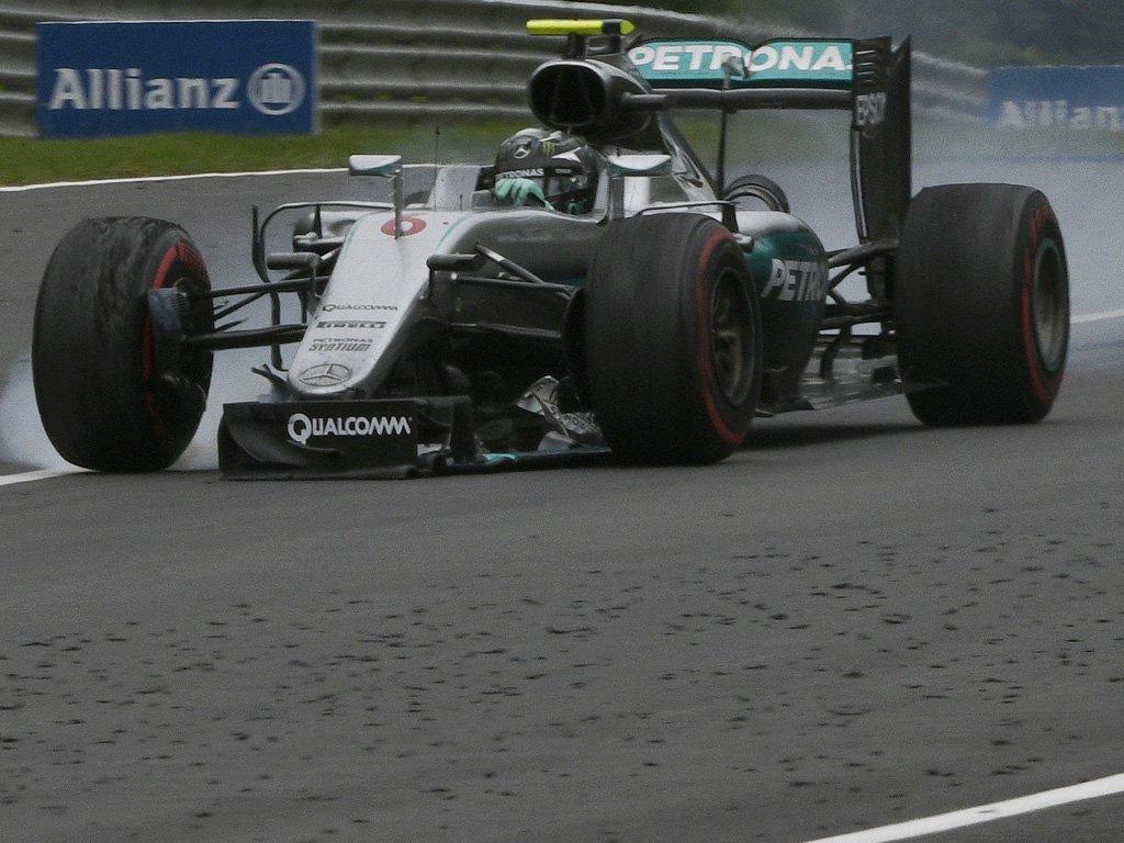 Ultima ora: 10 secondi, 2 punti e reprimenda per Rosberg