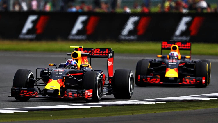 Red Bull Racing teams up with ExxonMobil