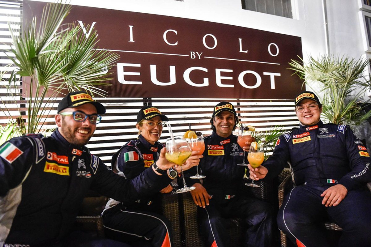 Vicolo by Peugeot, happy hour da Leone!