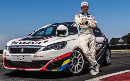 Stefano Accorsi: test in pista con la Peugeot 308 Mi16 Gti