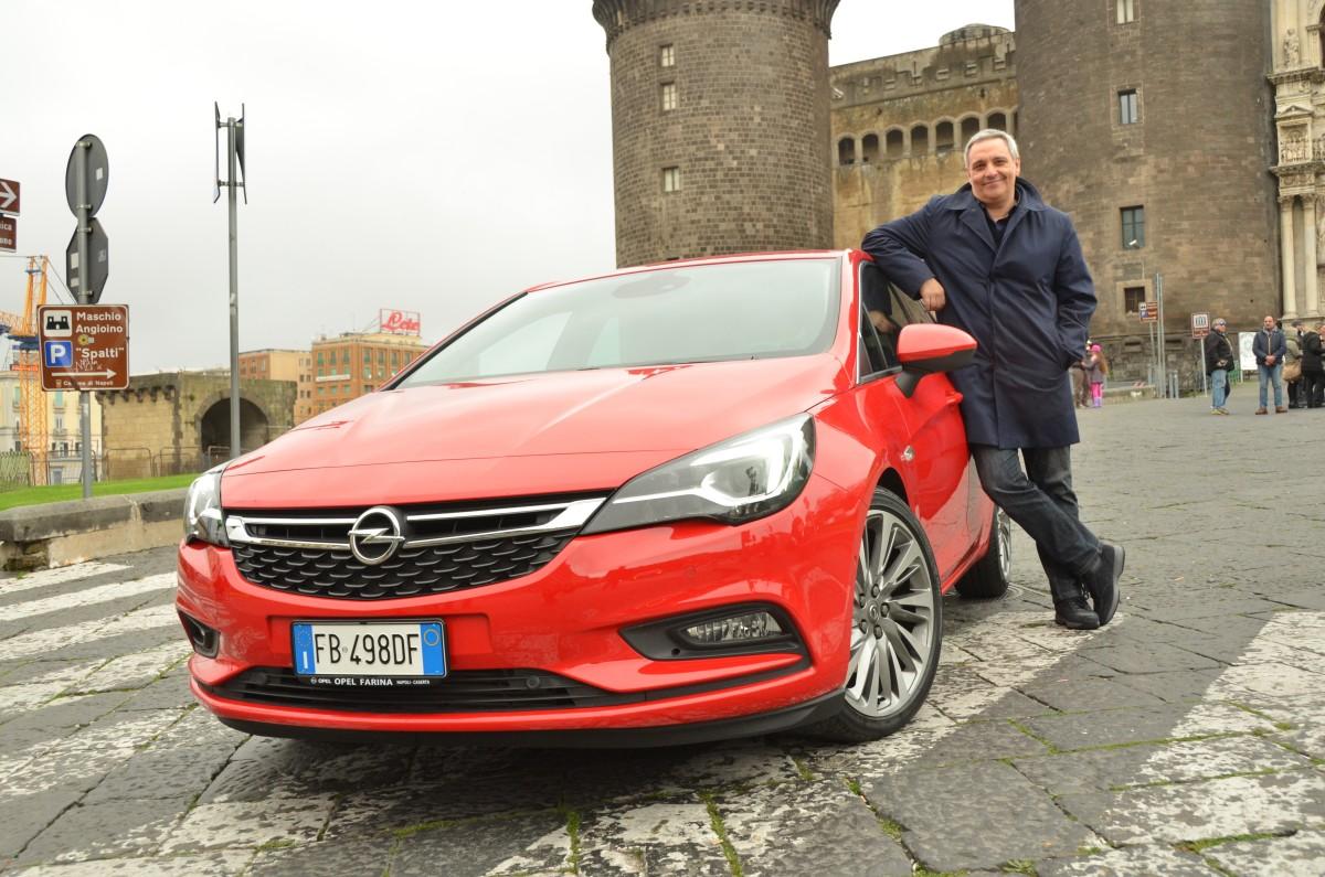 Maurizio de Giovanni testimonial di Opel