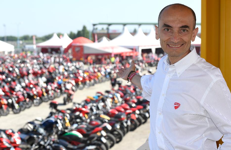 Domenicali saluta i Ducatisti al WDW2016