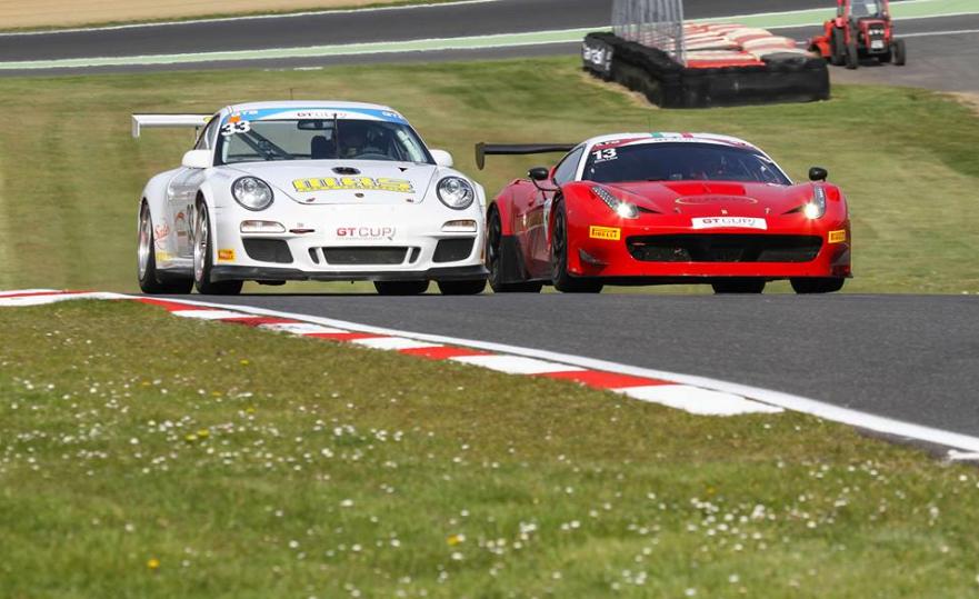 British GT Cup: due Ferrari in pista a Donington