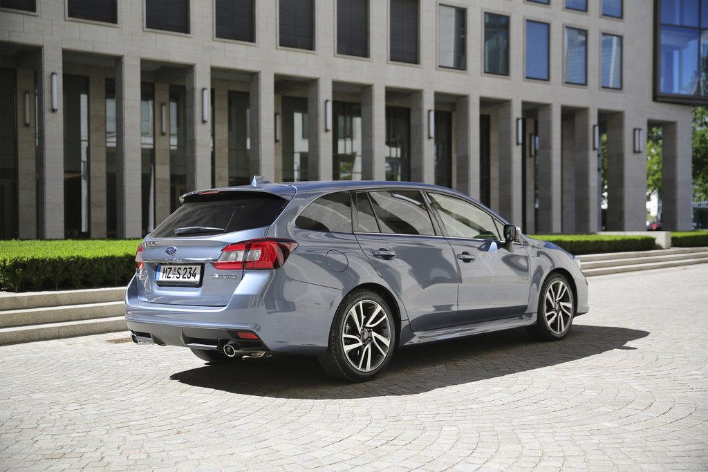 Subaru LEVORG MY17 con EyeSight di serie