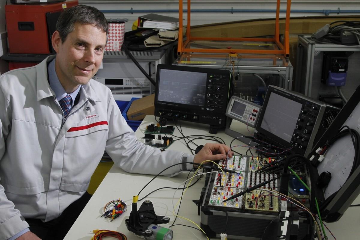 Nissan: un centro tecnico in una valigetta!