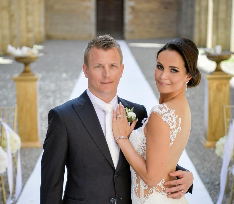 La Ferrari presenta i coniugi Raikkonen