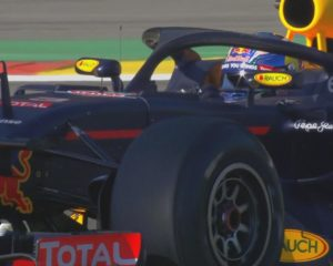 Mercedes e Red Bull contrarie all'Halo