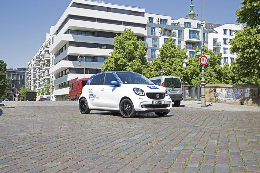 smart forfour nella flotta car2go di Milano