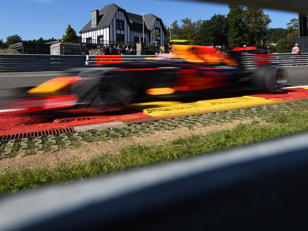 FP2 Belgio: doppietta Red Bull