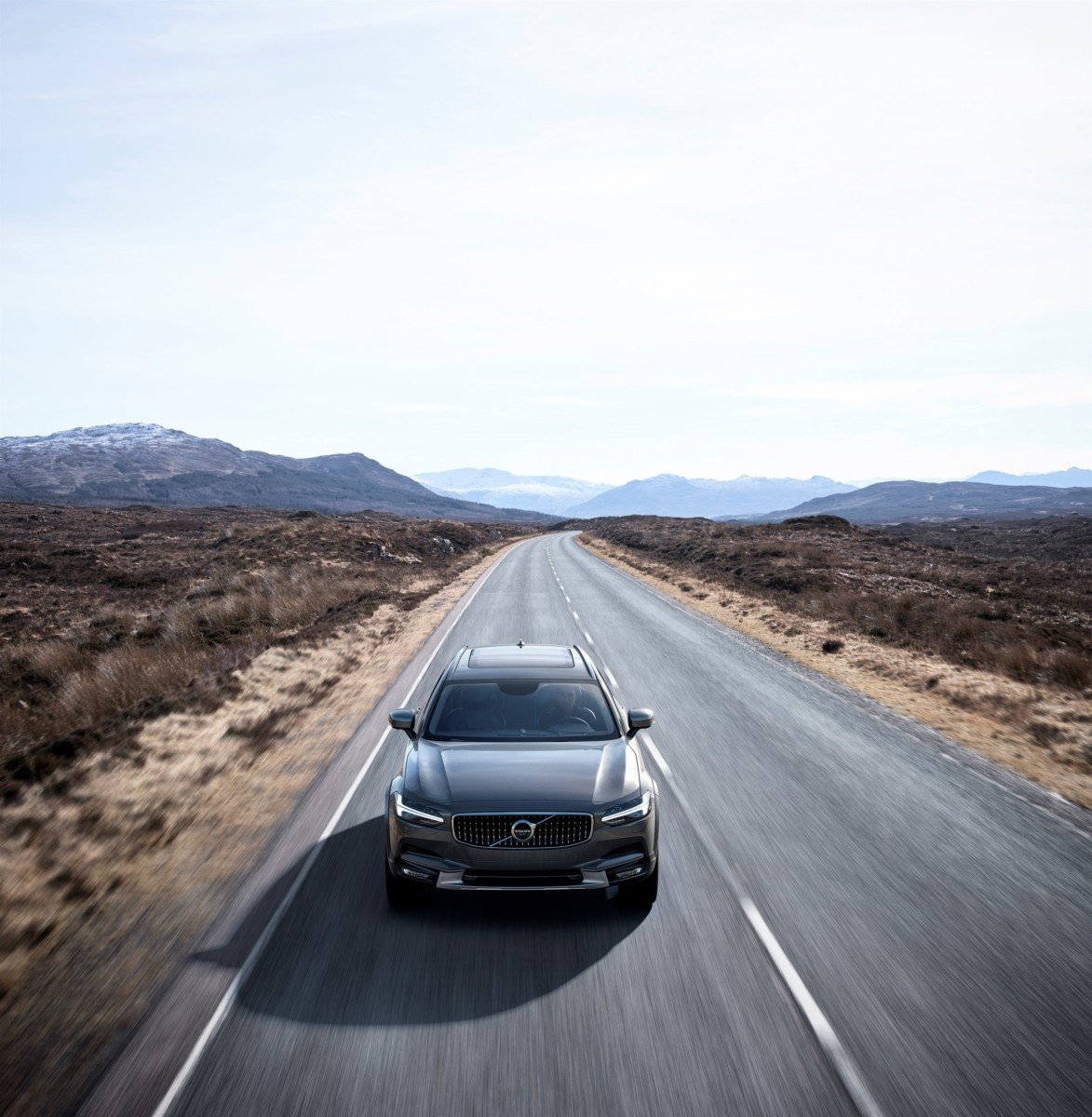 Alla scoperta di nuova Volvo V90 Cross Country