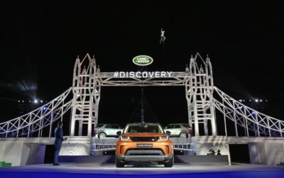 Land Rover presenta la Nuova Discovery