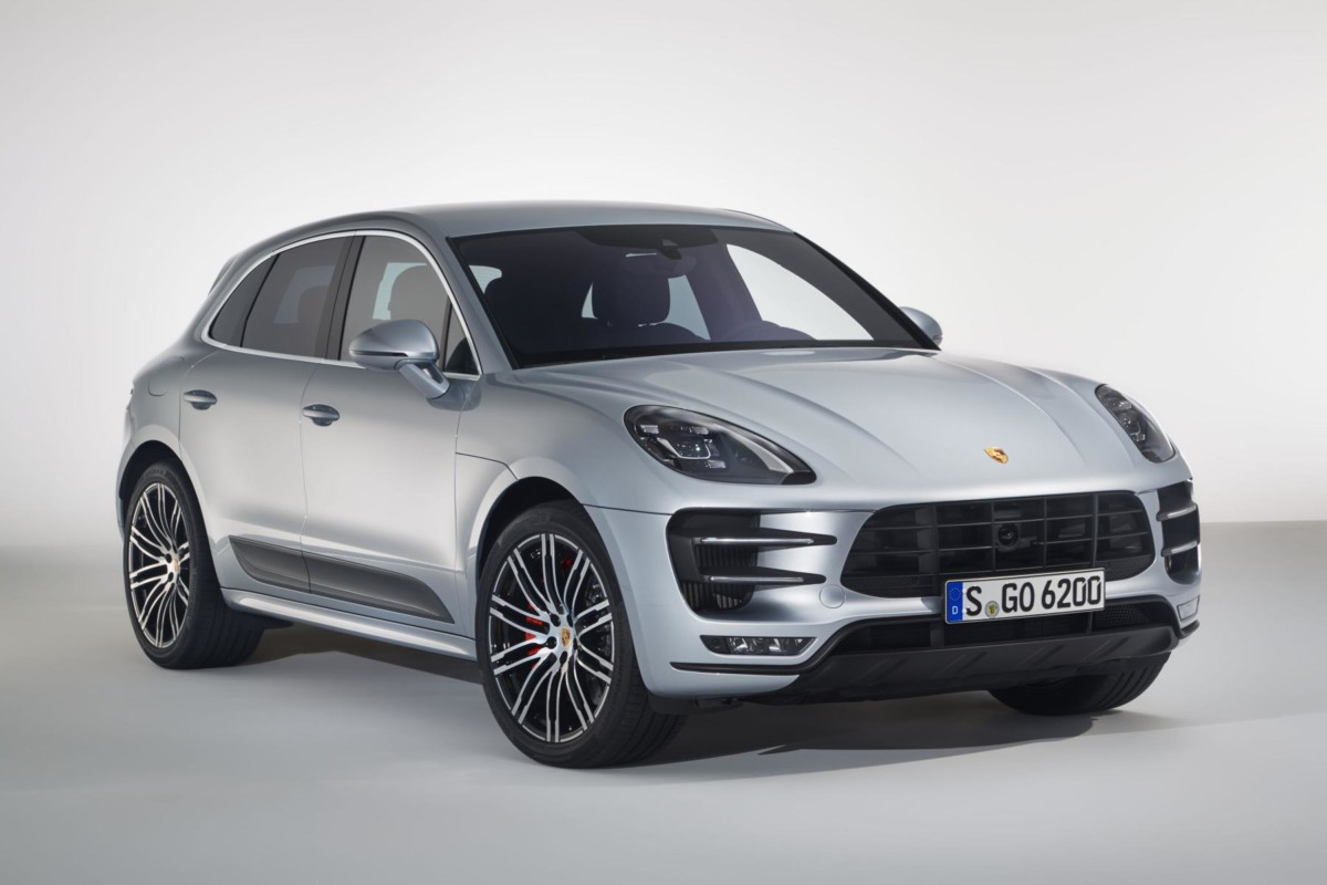 Macan Turbo con pacchetto Performance
