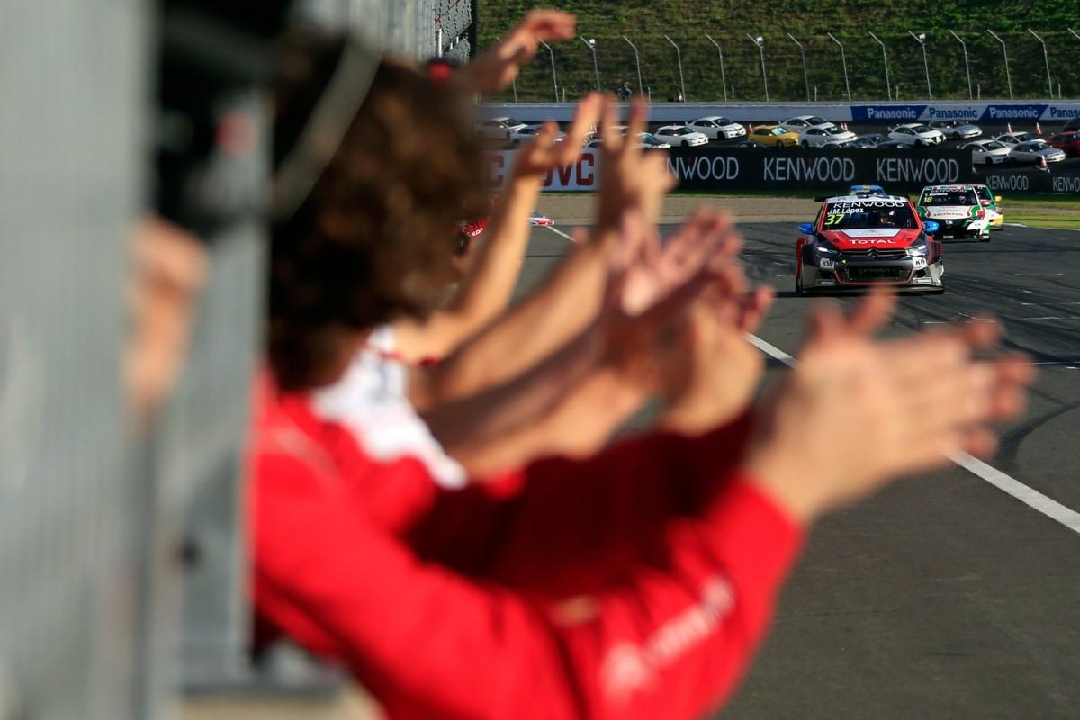 WTCC: a Motegi vittoria per Muller e Titolo per López