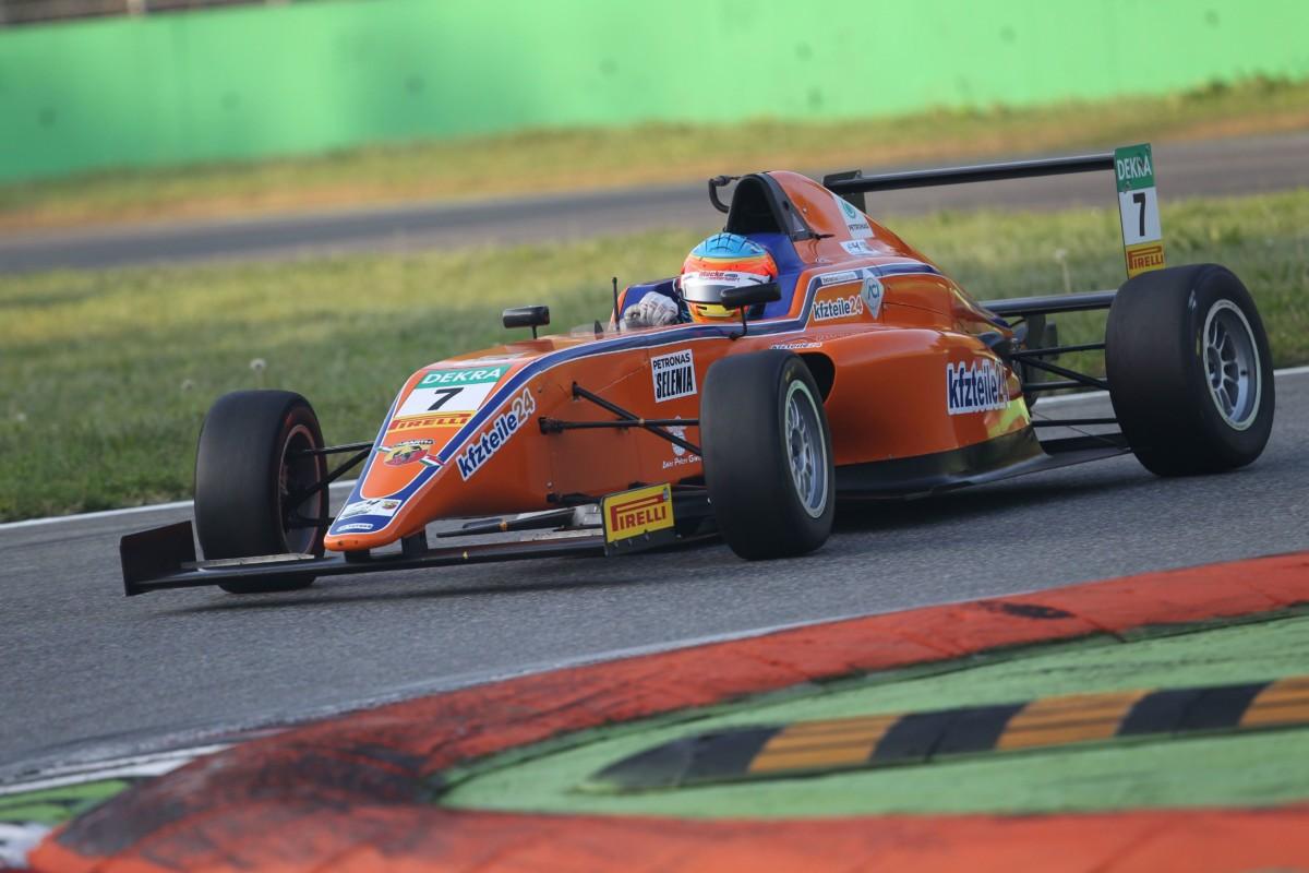 Italian F4: doppia pole per Fernandez a Monza