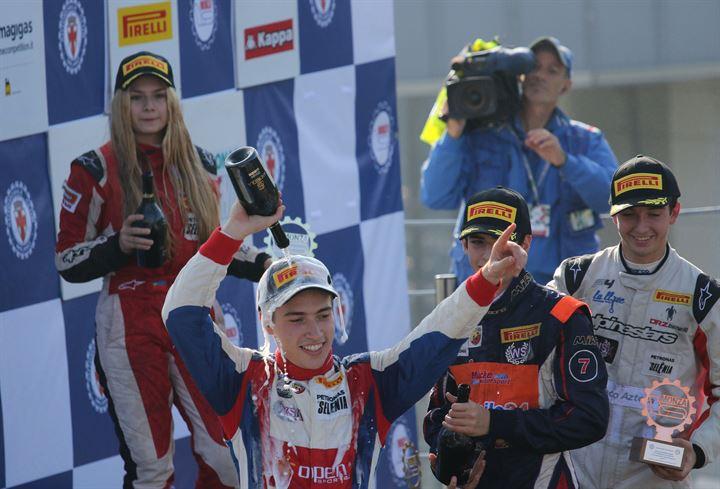 Italian F4: Fernandez vince Gara 2, Siebert Campione