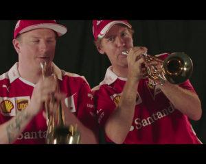 Kimi e Seb suonano la tromba: ma perché?!?