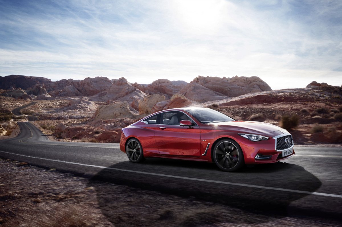Nuova coupé sportiva INFINITI Q60