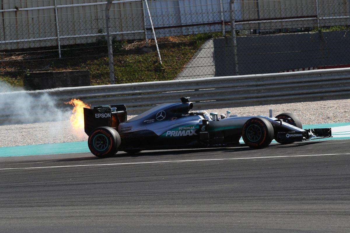 GP Malesia: Lauda smorza le parole di Hamilton