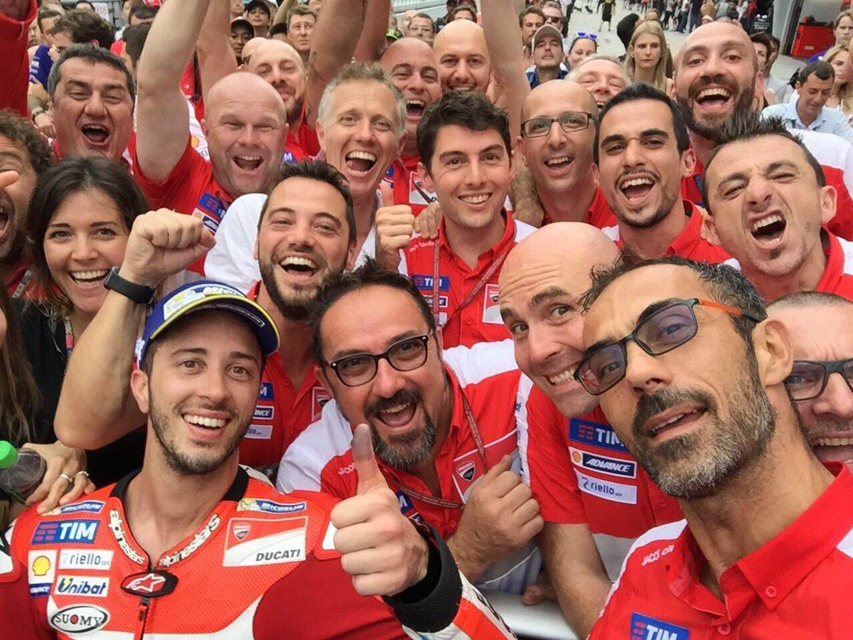 Malesia: Dovizioso vince davanti a Rossi e Lorenzo