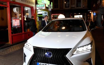 Lexus e Jude Law: diretta streaming on the road
