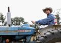 Daniel Ricciardo al lavoro in un ranch…
