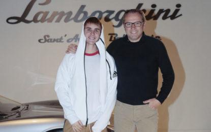 Justin Bieber in visita alla Lamborghini