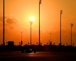 Abu Dhabi: ultimo test e tramonto sul 2016