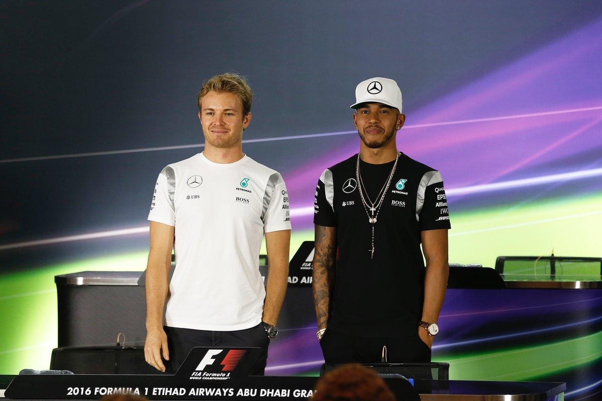Hamilton-Rosberg e la stretta di mano…