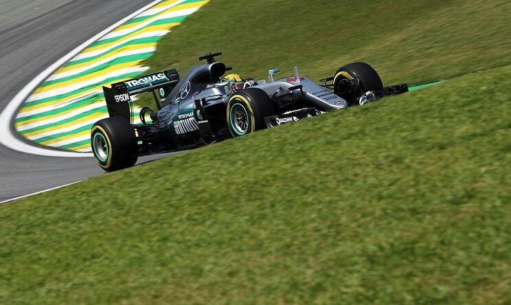 GP Brasile: 60° pole di Hamilton, seguito da Rosberg e Raikkonen