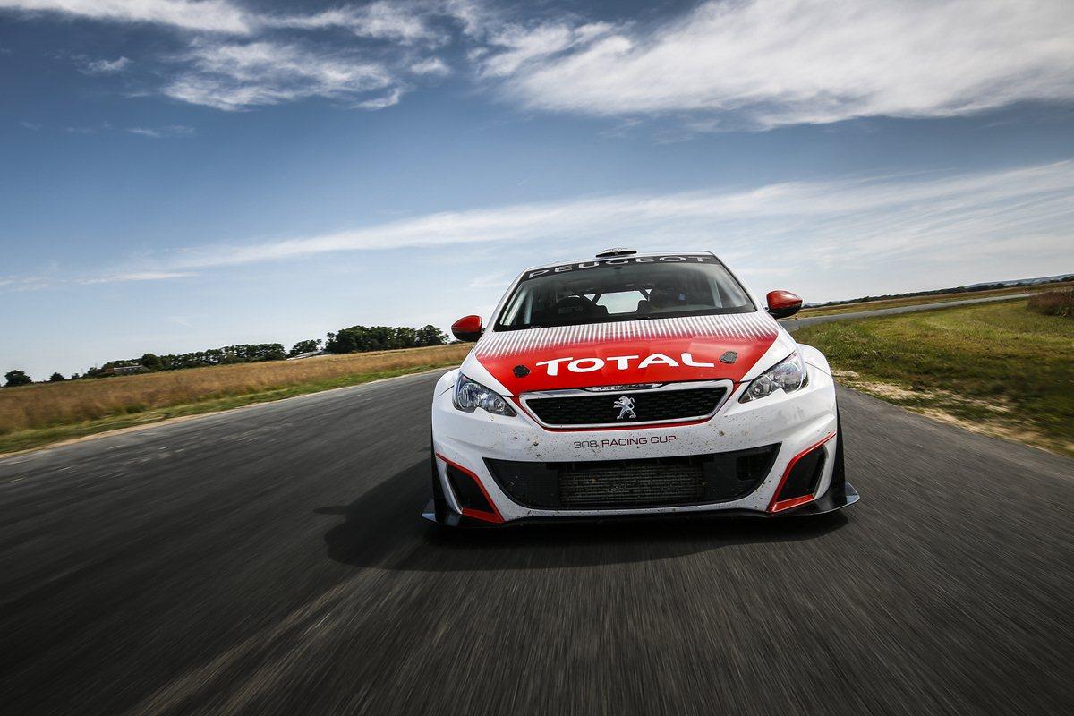 308 Racing Cup in vendita su Peugeot Sport Racing Shop