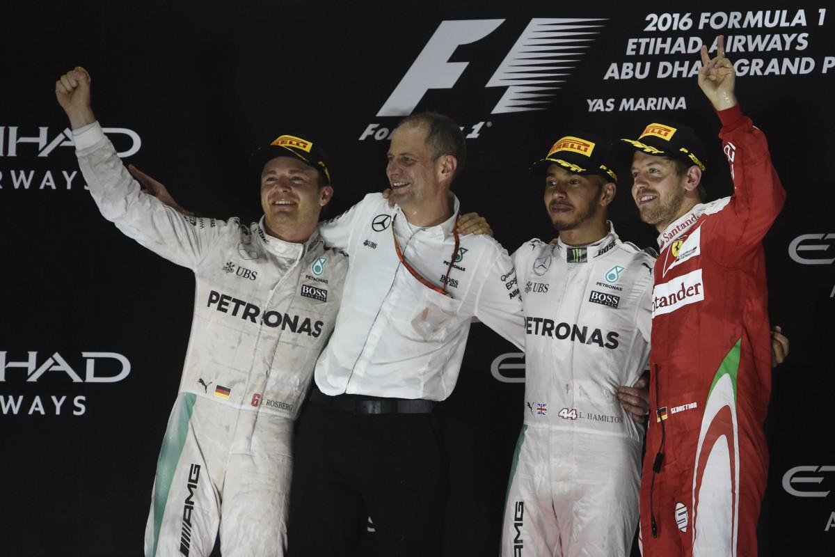 Vettel guarda alla Mercedes per il 2018