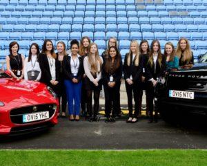 Jaguar Land Rover: porte aperte alle giovani donne