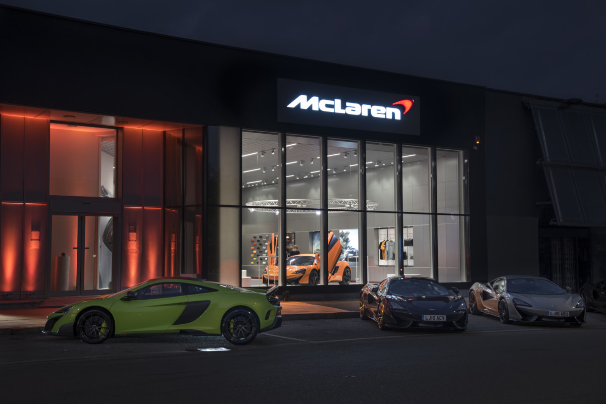 Nuovo showroom per McLaren Milano