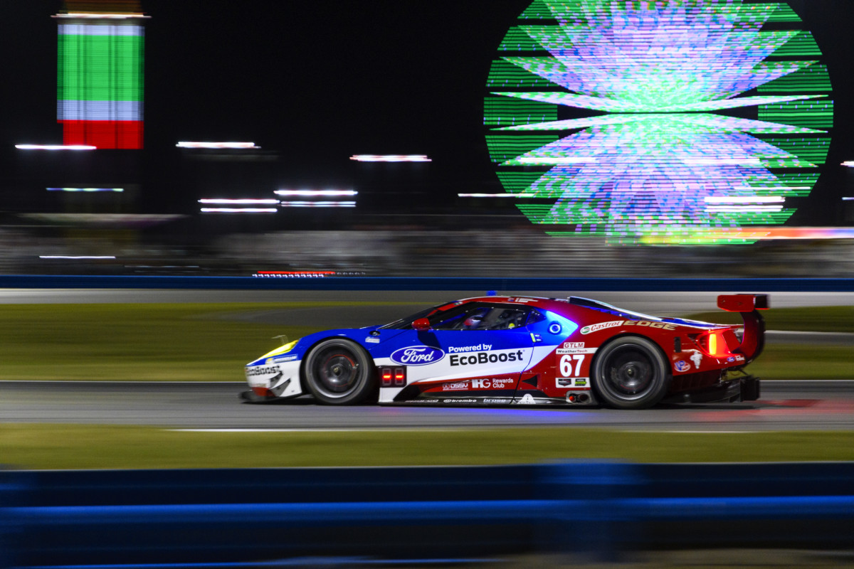 Daytona: tre Ford GT ai primi tre posti in qualifica