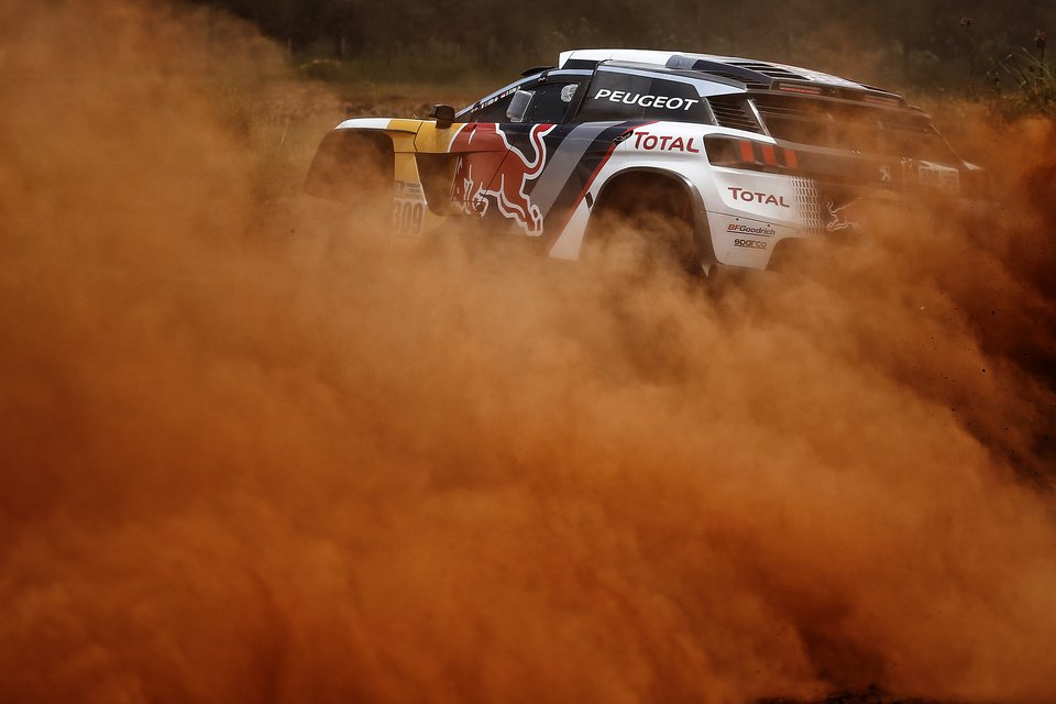 Team Peugeot Total pronto per la Dakar 2017