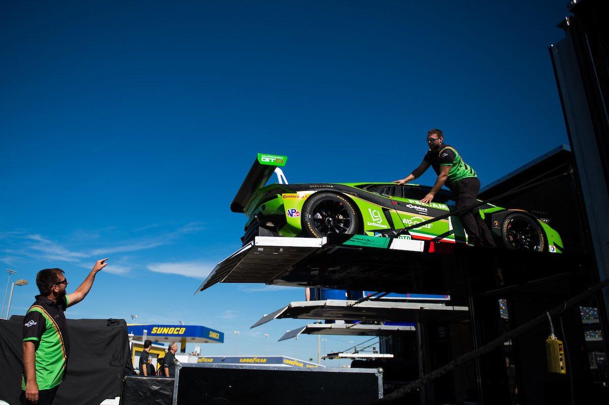 Lamborghini alla 24 Ore di Daytona con 8 Huracàn GT3