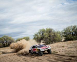 Dakar: duello al top per Peugeot prima del gran finale