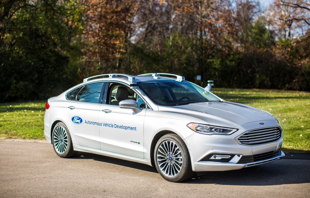 Ford e i nuovi prototipi per la guida autonoma