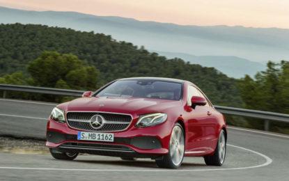 Mercedes-Benz inizia il 2017 dalla pole