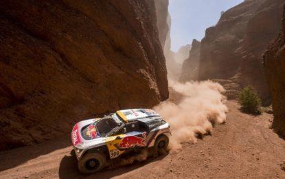 Dakar: tripletta 3008DKR nella terza tappa