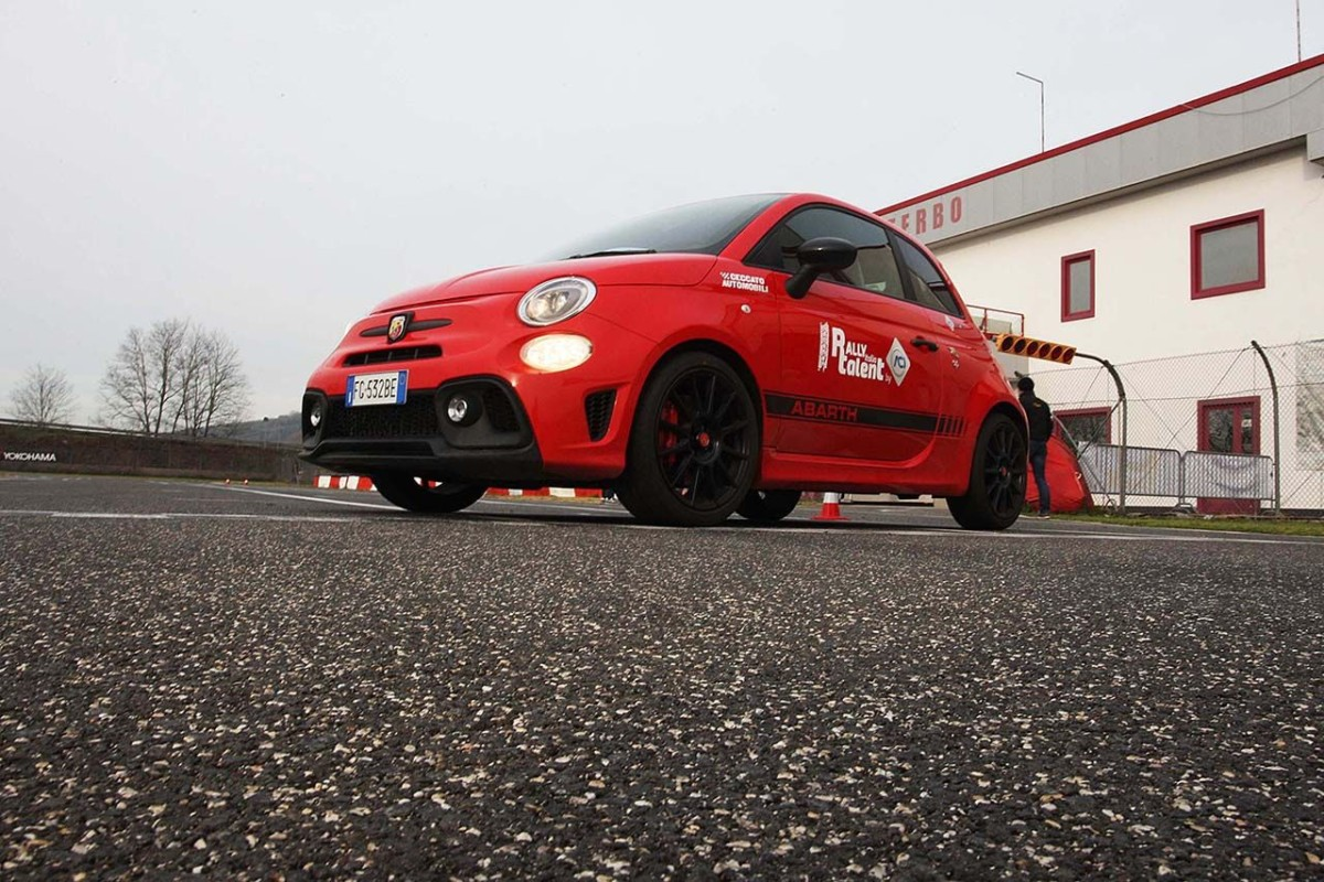 Rally Italia Talent: la tappa salentina per le Abarth