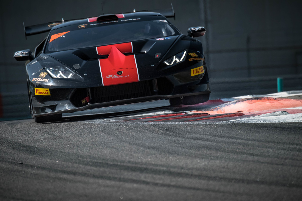 Lamborghini Super Trofeo Middle East a Breukers e Jefferies